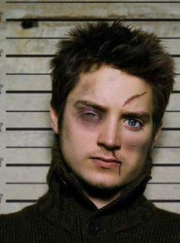 Elija Wood Frodo beaten