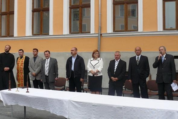 Ilie-Bolojan-a-fost-prezent-la-deschiderea-anului-scolar-la-Gojdu